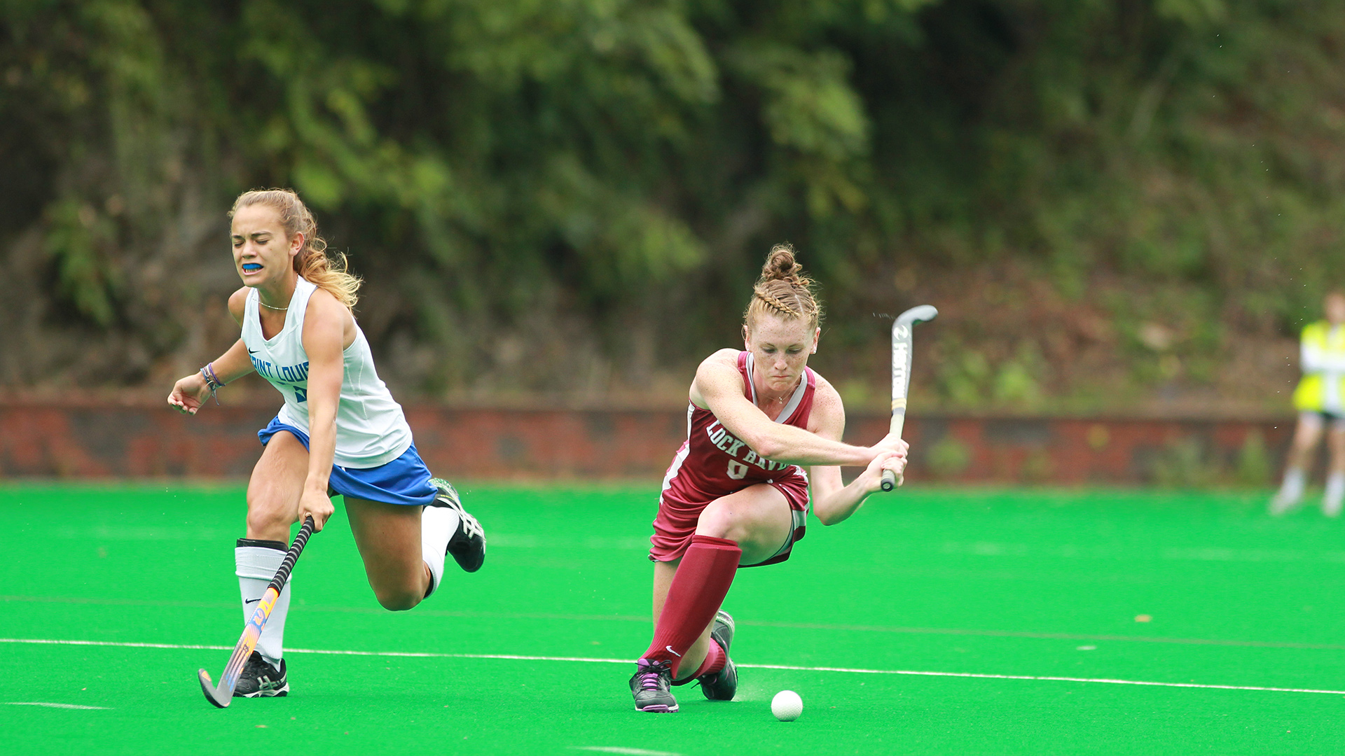 Field Hockey Edged Out At UMass